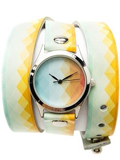 Женские часы с оригинальным ремешком