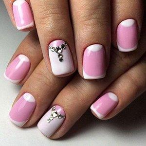 Лунный маникюр с розовым лаком