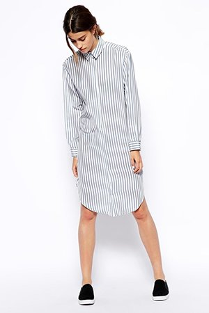 Платье в полоску со слипонами
