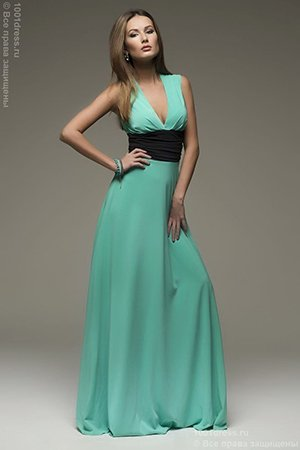 Длинное бирюзово-зеленое платье