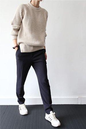 Сочетание кроссовок с брюками